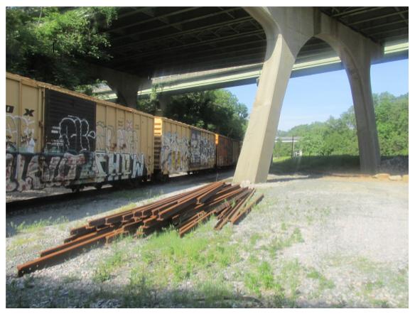 old train cars in rva - priorhouse 2014-3