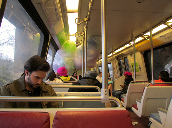 ballons on the metro